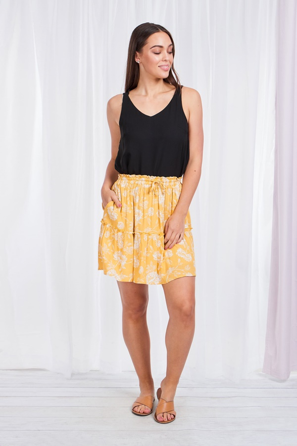 FLORAL PRINT TIERED SKIRT