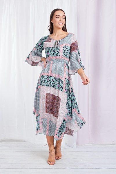 FLUTE SLEEVE PATCHWORK PRINT DRESS