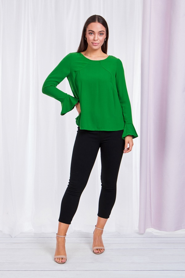 Fluted Cuff sleeve blouse