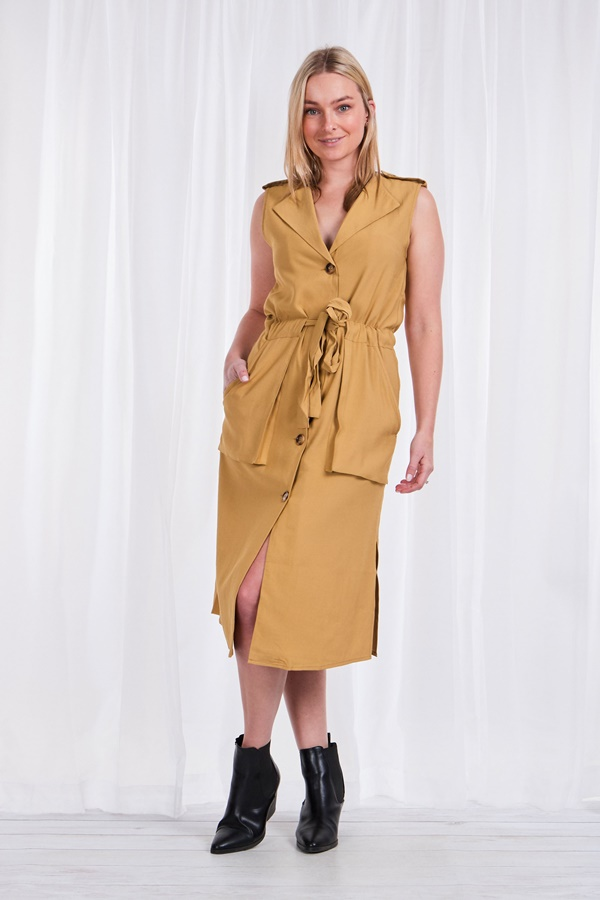 TIE- WAIST SLEEVELESS DRESS