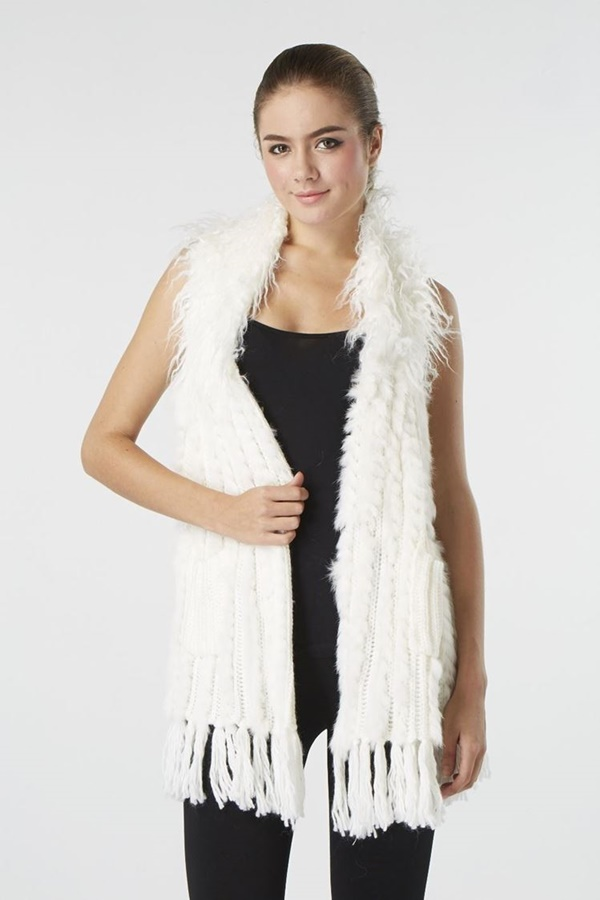Vest with fur neck details